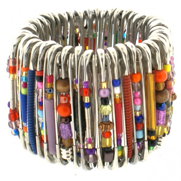 MEDIUM SAFETY PIN BRACELET. MIXED BEADS