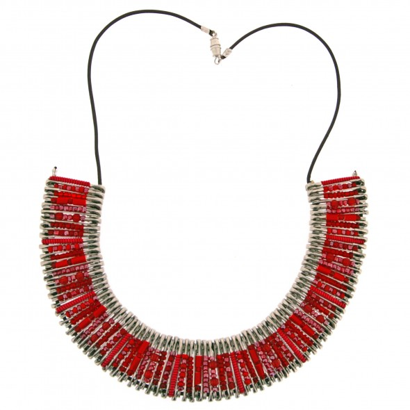 SAFETY PIN NECKLACE. RED