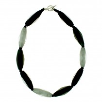 CYLINDER BEAD NECKLACE. MONOCHROME