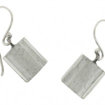 SILVER LEAF CUBE SHORT HOOK EARRING.