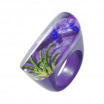 FRAGILE OVAL RING. PURPLE
