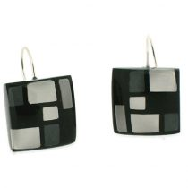 HOMAGE SMALL SQUARE HOOK EARRING. GREYS