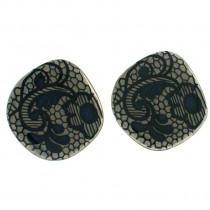 LACE CLIP EARRING. DENIM