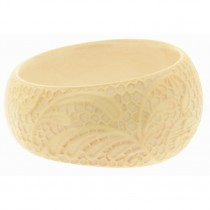 LACE DESIGN BANGLE. CREAM
