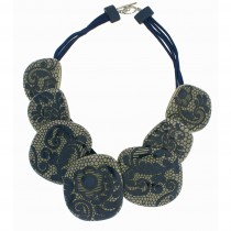 LACE 7 BEAD NECKLACE. DENIM