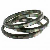 THIN MOTHER OF PEARL BANGLE. GREY